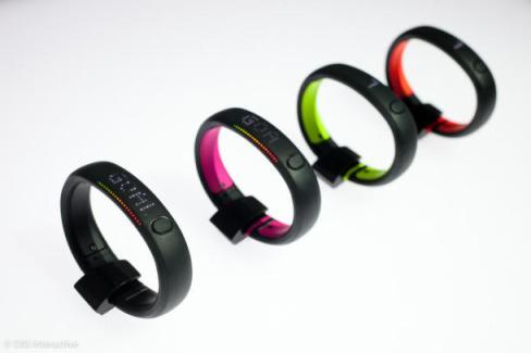 007NIke_Fuelband_35829199_product_610x407